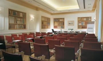 Biblioteca Meeting Room