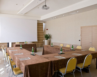 Grand Milan Saronno | Business Meeting Varese Saronno | Hotel Meeting Rooms Italy - photo 2