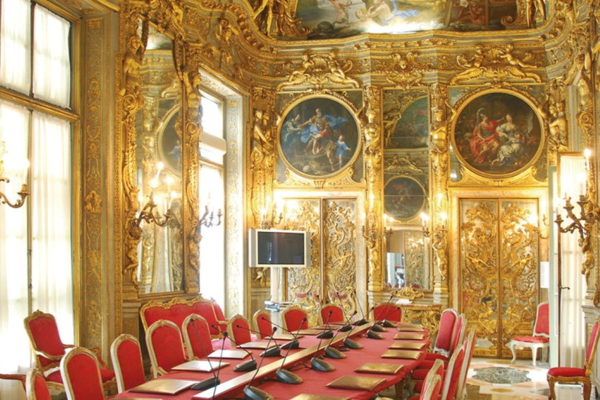 Guided Tour of the Aristocratic Rolli Palaces