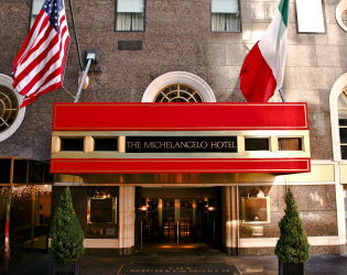 "THE MICHELANGELO NEW YORK – STARHOTELS COLLEZIONE RECOGNIZED WITH CONDÉ NAST TRAVELER'S 2017 READERS' CHOICE AWARD ""THE 50 BEST HOTELS IN NEW YORK CITY"""