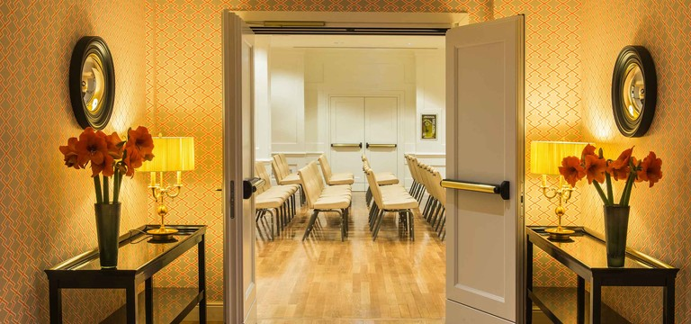 Call back | Hotel in Rome City Centre | Starhotels Michelangelo - photo 1