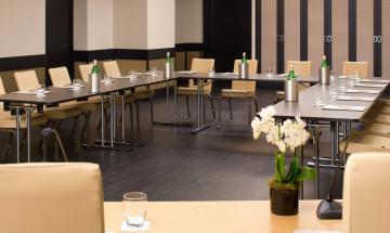 Navona Meeting Room