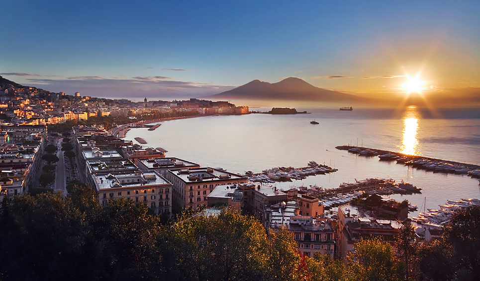 Falling in Love in Napoli