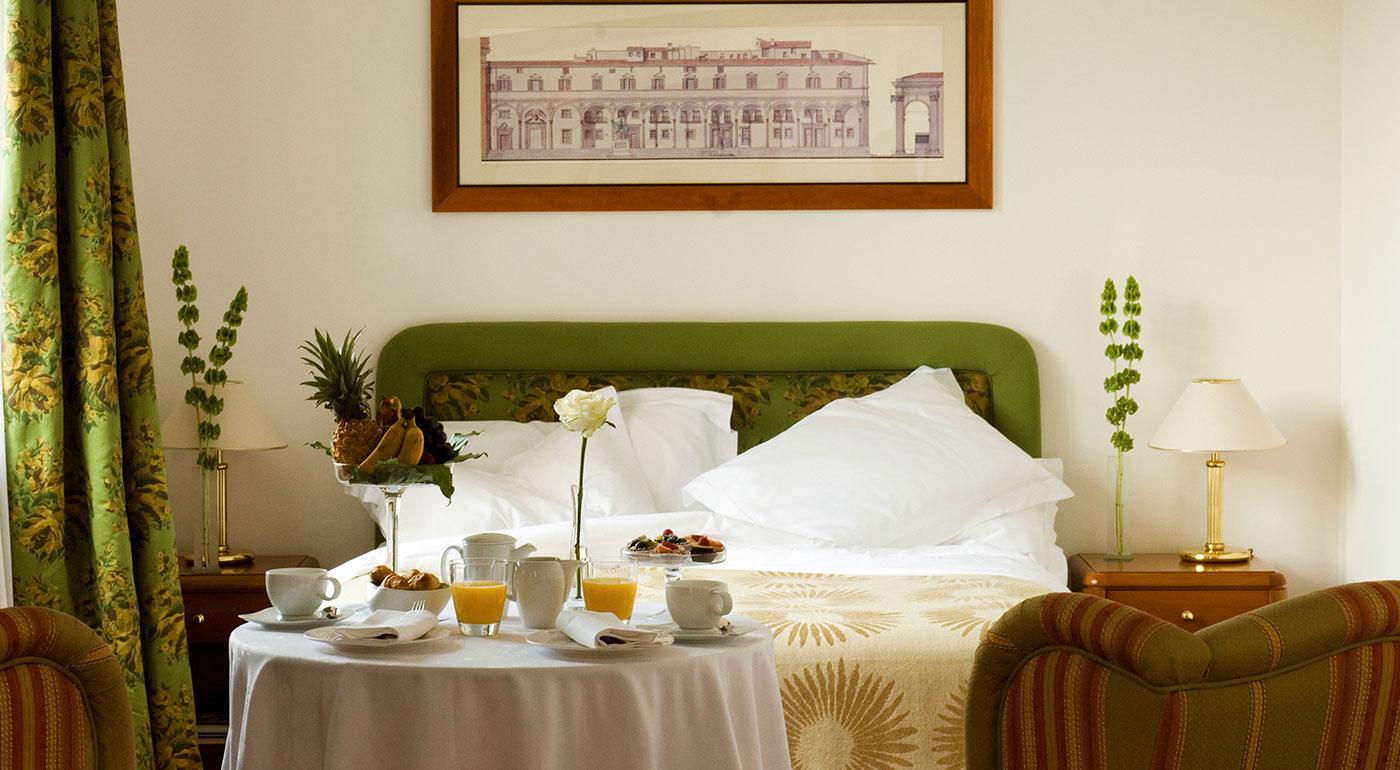 Hotel particolare milano camera superior business palace - Hotel con camere a tema milano ...