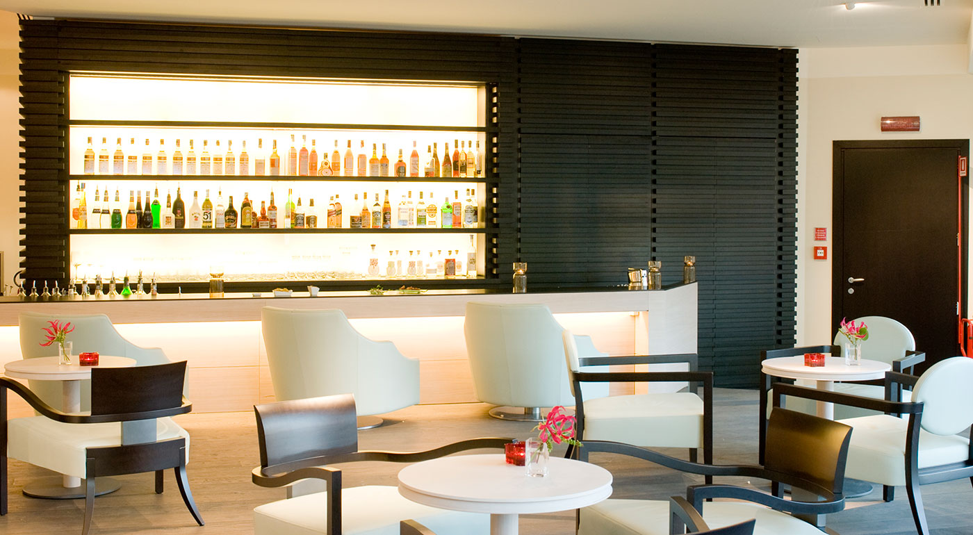 Grand Milan - Bar & Cigar Lounge - photo 1