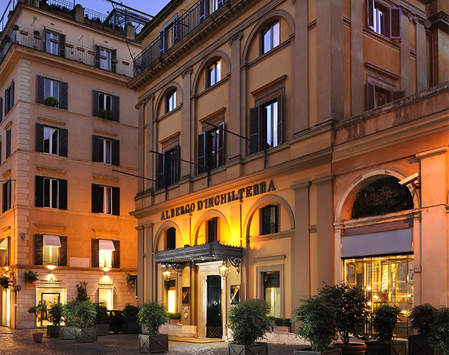 4 and 5 star hotels in italy paris new york and london for Five star boutique hotels
