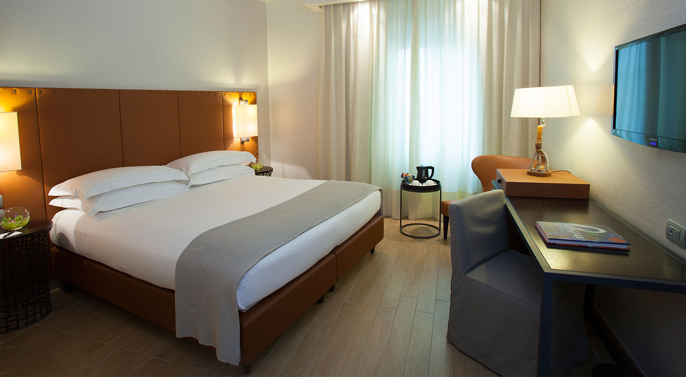 Deluxe Rooms Luxury Hotel In Florence Starhotels