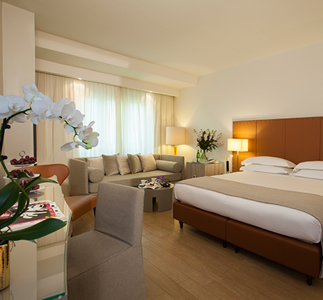 4 star hotel in florence city centre starhotels michelangelo for Hotel design florence