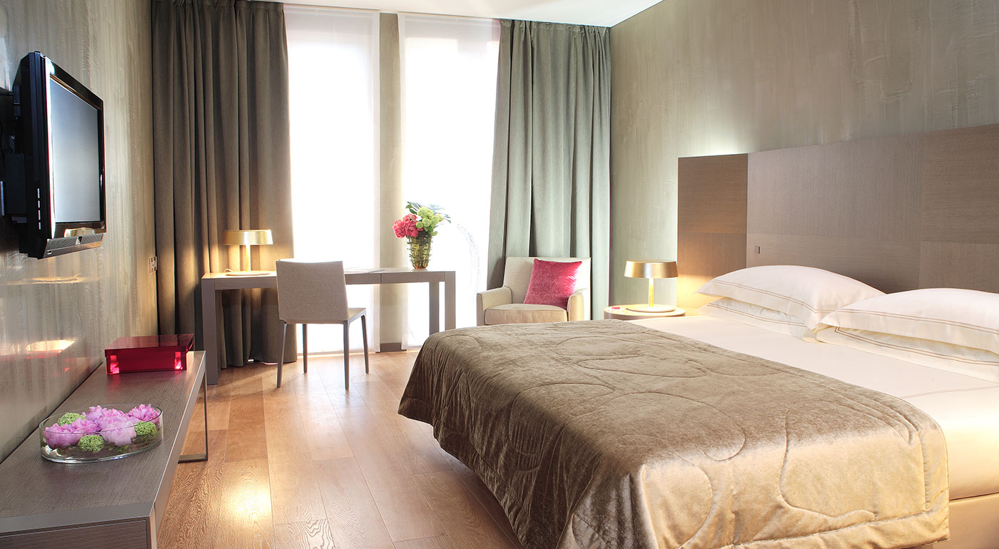 Luxury 4-stjerners hotell i Milano Starhotels Rosa Grand